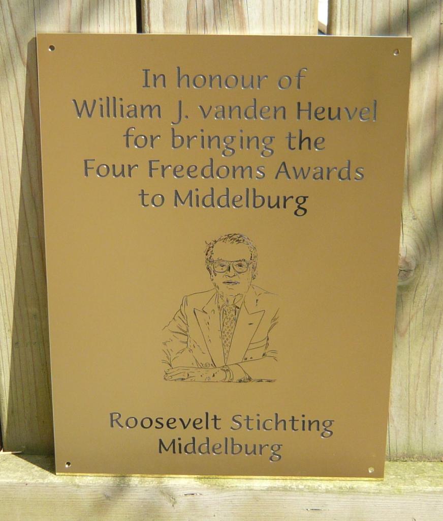 Gedenkplaat plaquette maken herdenking