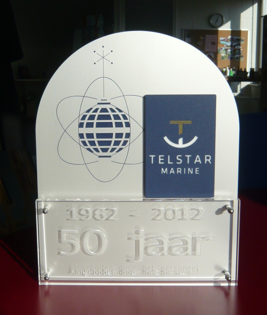 Award voor jubileum van aluminium met acrylaat