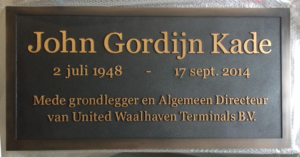 Gedenk plaquette laten maken brons Waalhaven