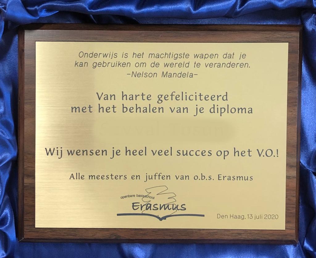Plaquette scholieren feliciteren maken kunststof Erasmus