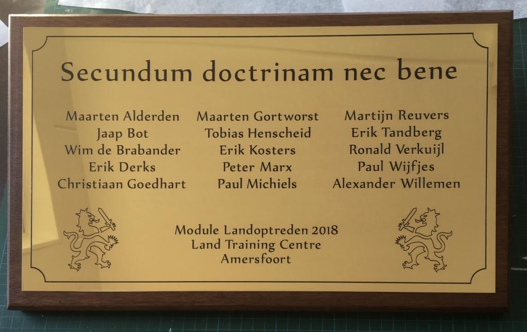 Plaquette award laten maken op hout