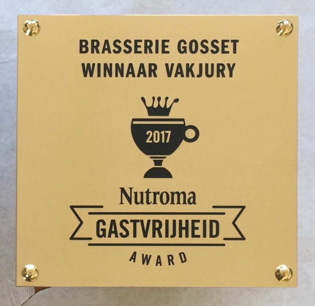Plaquette prijswinnaar laten maken messing Nutroma