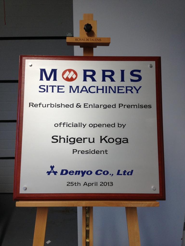 Plaquette laten maken opening Koga