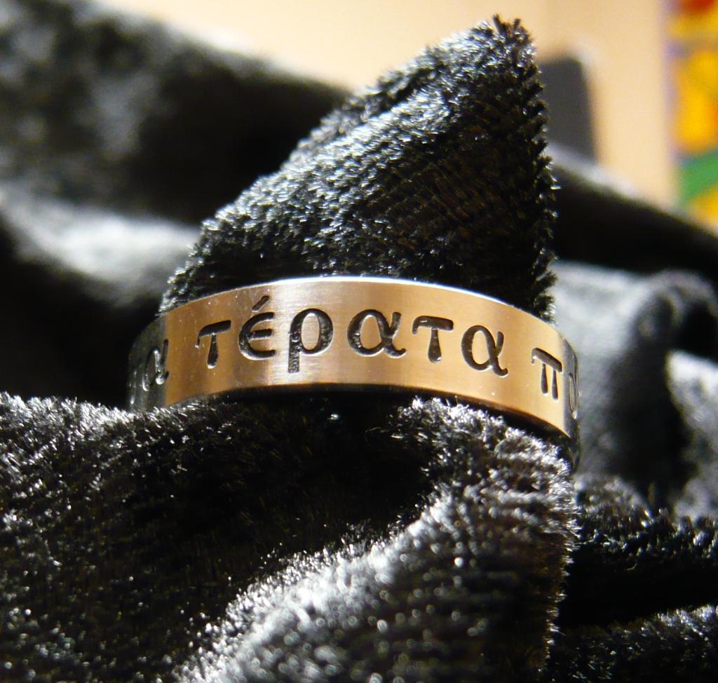 Titanium ring graveren